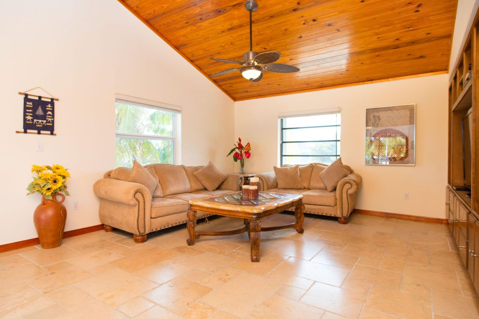 Additional photo for property listing at 1032 Adams Drive 1032 Adams Drive Key Largo, Florida 33037 Verenigde Staten