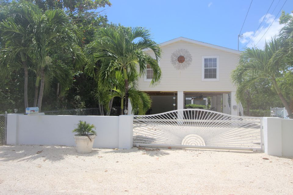 Single Family Home for Sale at 782 Diane Avenue Little Torch Key, Florida 33042 United States