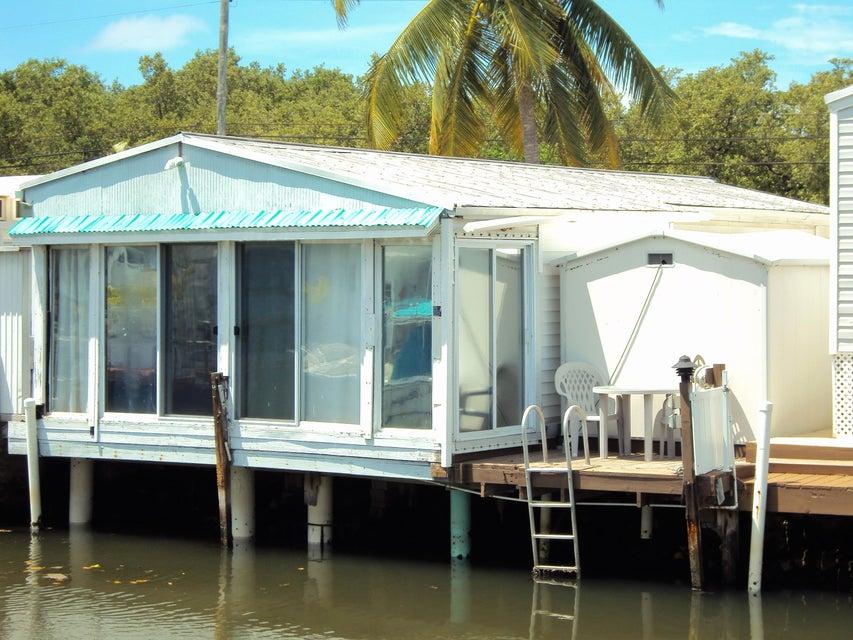 Casa Unifamiliar por un Venta en 6099 Overseas Highway 6099 Overseas Highway Marathon, Florida 33050 Estados Unidos
