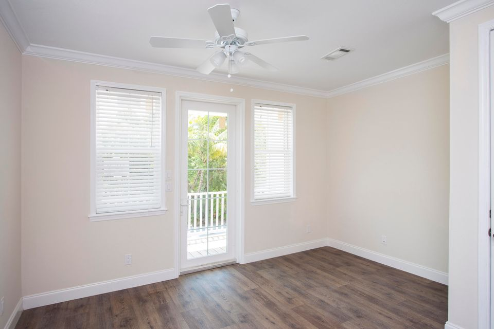Additional photo for property listing at 1611 Josephine Street 1611 Josephine Street Key West, Florida 33040 États-Unis