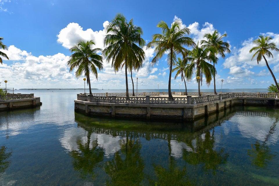 Single Family Home for Sale at 82698 Overseas Highway Islamorada, Florida 33036 United States
