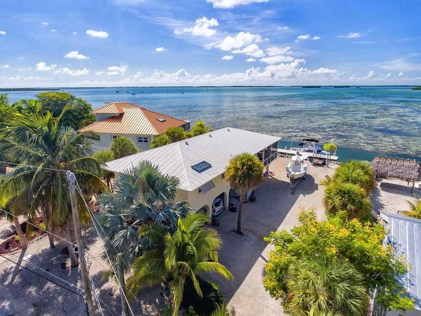 Villa per Vendita alle ore 971 W Indies Drive 971 W Indies Drive Ramrod Key, Florida 33042 Stati Uniti
