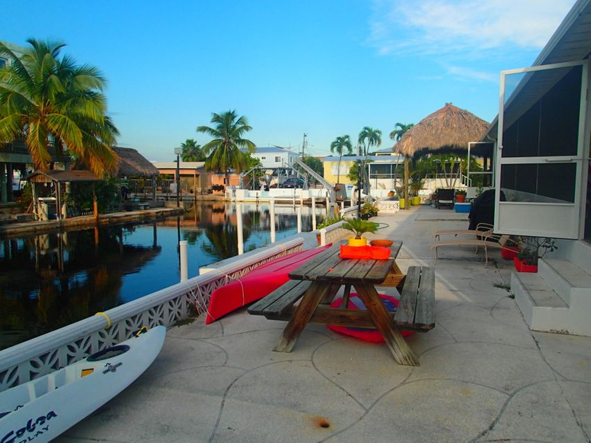 Additional photo for property listing at 211 W 2Nd Court 211 W 2Nd Court Key Largo, Florida 33037 Estados Unidos
