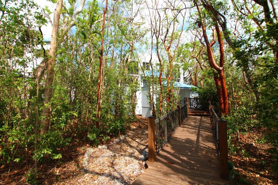 Additional photo for property listing at 205 Sanctuary Drive 205 Sanctuary Drive Key Largo, 플로리다 33037 미국