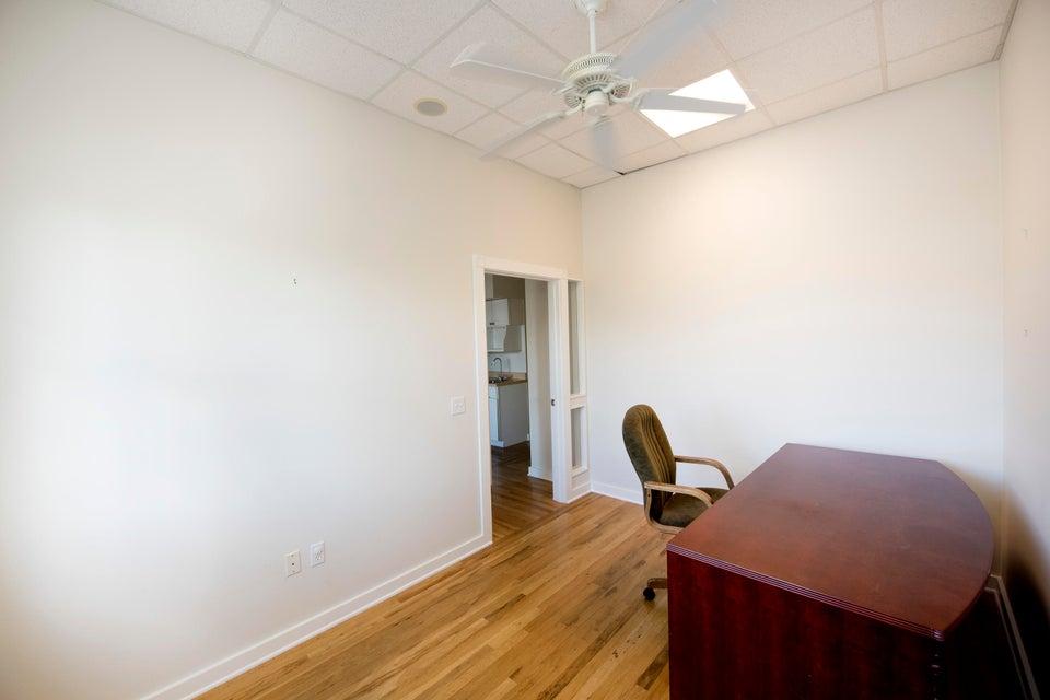 Additional photo for property listing at 5450 MacDonald Avenue 5450 MacDonald Avenue Stock Island, 佛羅里達州 33040 美國