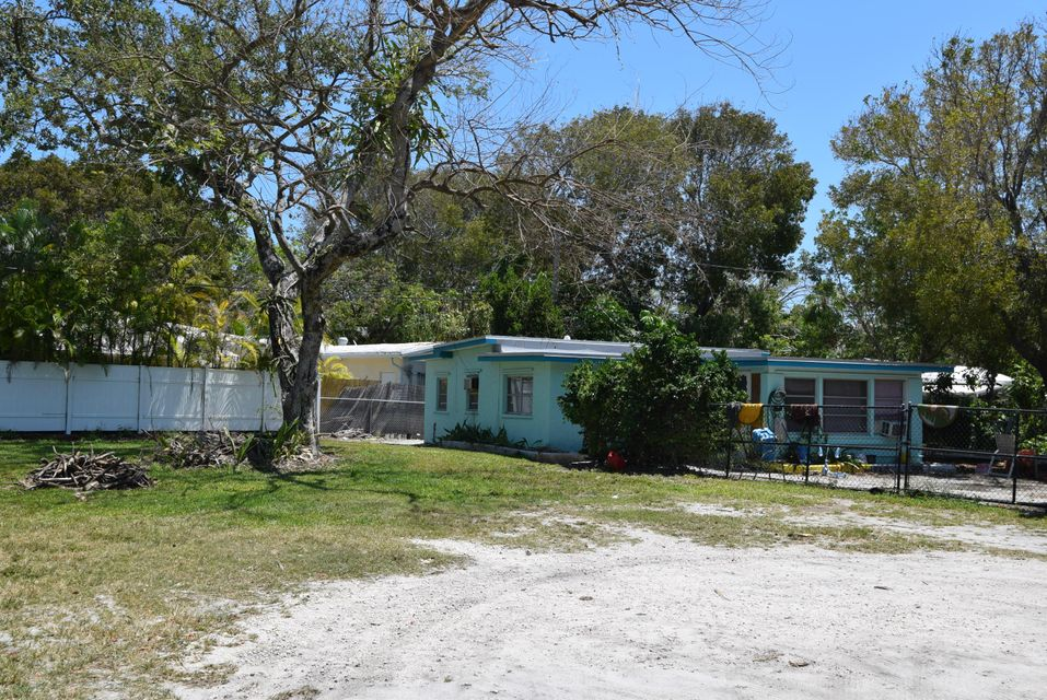 Additional photo for property listing at 880 50th Street Gulf 880 50th Street Gulf Marathon, Florida 33050 Estados Unidos