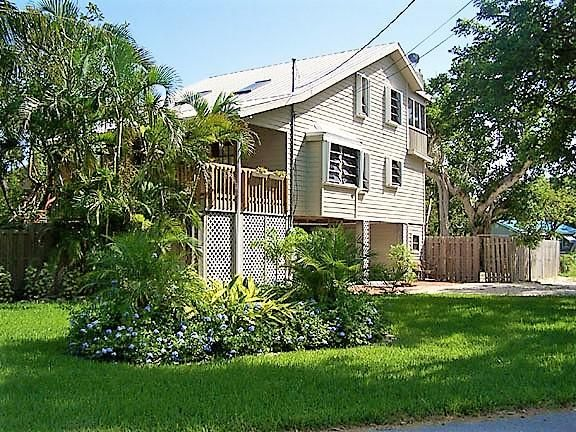 Maison unifamiliale pour l à louer à 19533 Mayan Street 19533 Mayan Street Sugarloaf, Florida 33042 États-Unis