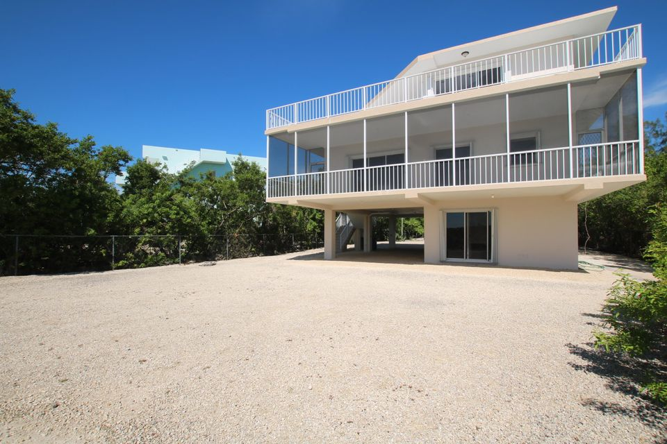 Additional photo for property listing at 217 Harbor Drive 217 Harbor Drive Key Largo, Florida 33037 Verenigde Staten