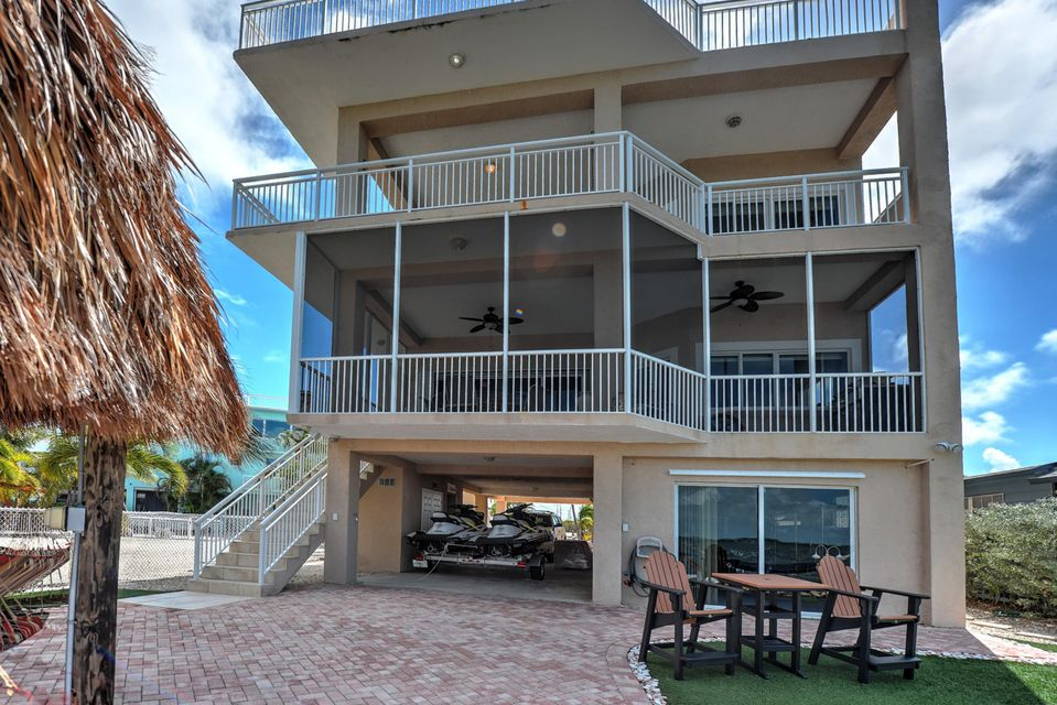 Additional photo for property listing at 136 Ellington Court 136 Ellington Court Tavernier, Florida 33070 Stati Uniti