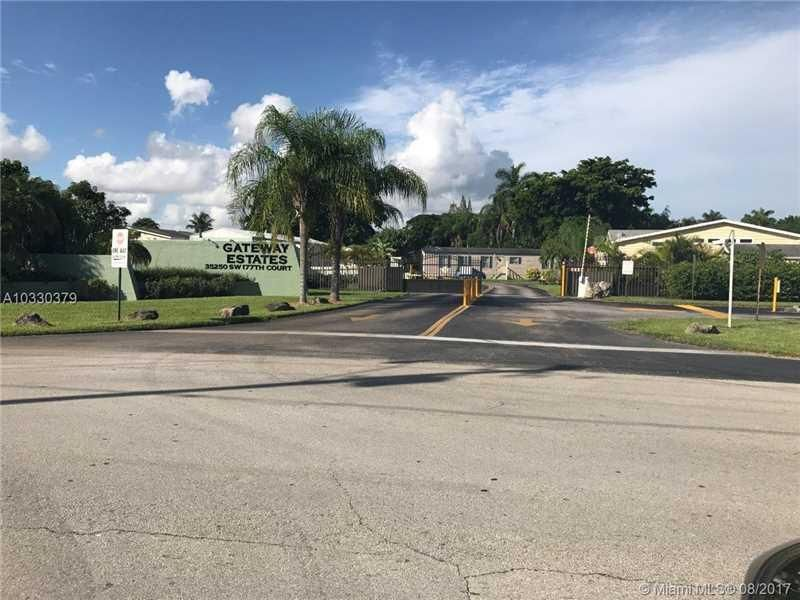 Single Family Home for Rent at 35250 SW 177 Court 35250 SW 177 Court Homestead, Florida 33034 United States