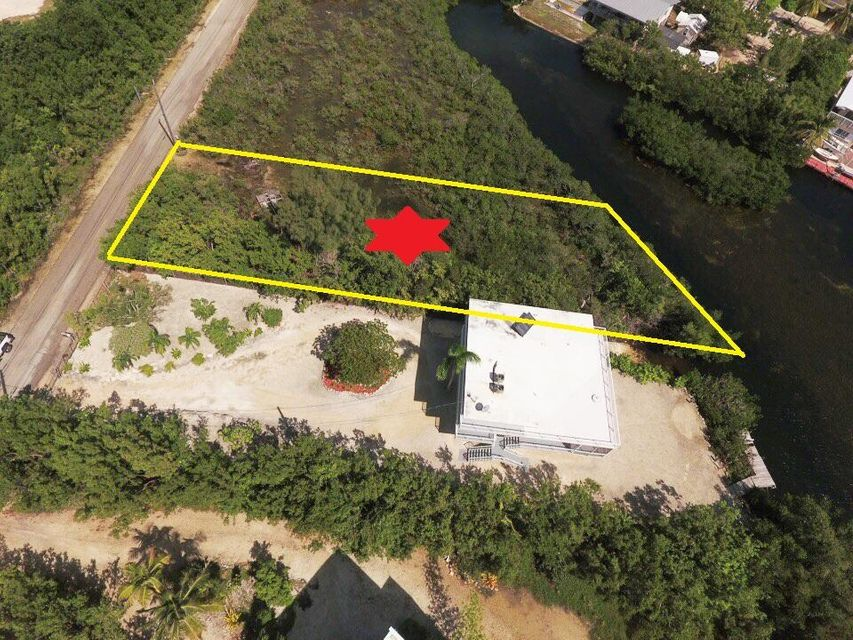 Additional photo for property listing at 213 Harbor Drive 213 Harbor Drive Key Largo, Florida 33037 Estados Unidos