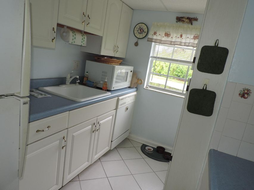 Additional photo for property listing at 40 High Point Road 40 High Point Road Tavernier, 佛羅里達州 33070 美國
