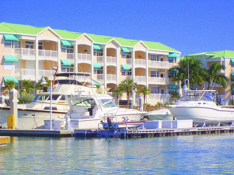 Andra bostadsområden för Försäljning vid 5555 College Road 5555 College Road Key West, Florida 33040 Usa