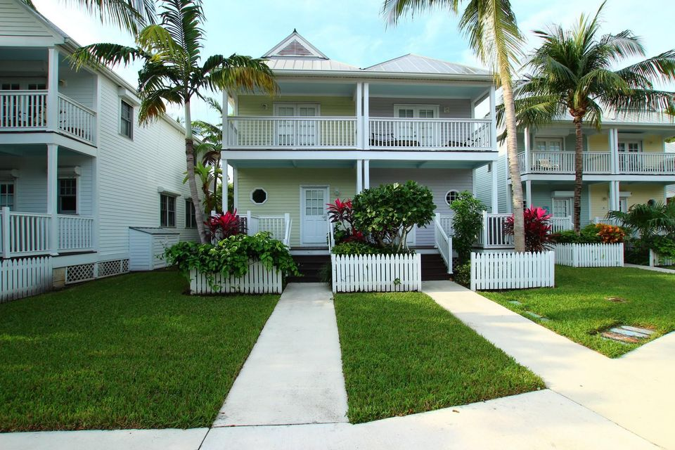 Additional photo for property listing at 5115 Sunset Village Drive 5115 Sunset Village Drive Duck Key, Florida 33050 Verenigde Staten