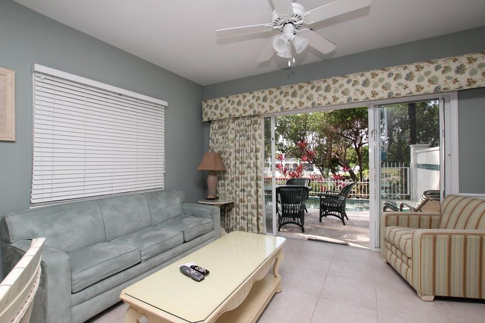 Additional photo for property listing at 5115 Sunset Village Drive 5115 Sunset Village Drive Duck Key, 佛罗里达州 33050 美国