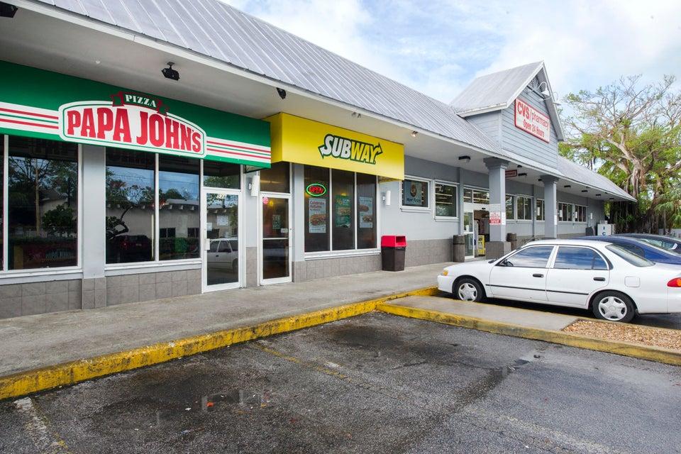 Kommersiell för Hyra vid 538 Truman Avenue 538 Truman Avenue Key West, Florida 33040 Usa