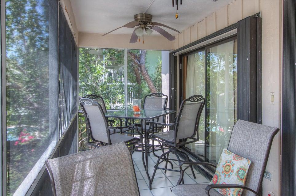 Additional photo for property listing at 219 Mohawk Street 219 Mohawk Street Tavernier, Florida 33070 Hoa Kỳ
