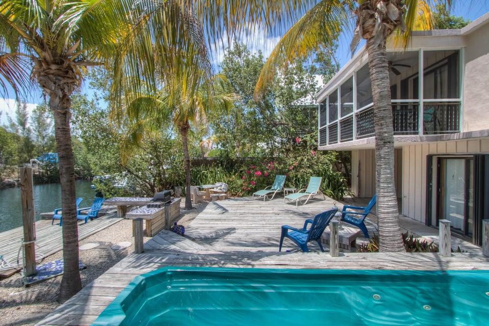 Nhà ở một gia đình vì Bán tại 219 Mohawk Street 219 Mohawk Street Tavernier, Florida 33070 Hoa Kỳ