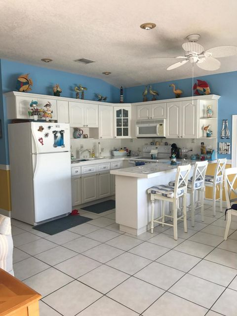 Additional photo for property listing at 329 Windley Road 329 Windley Road Key Largo, Florida 33037 Hoa Kỳ