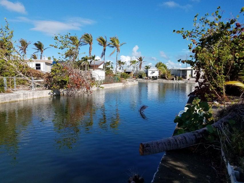 Tek Ailelik Ev için Satış at 271 Mars Lane 271 Mars Lane Geiger Key, Florida 33040 Amerika Birleşik Devletleri