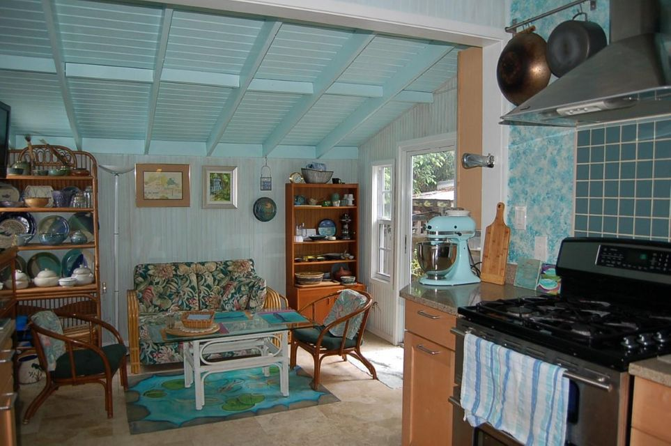 Additional photo for property listing at 1403 Pine Street 1403 Pine Street Key West, Florida 33040 États-Unis