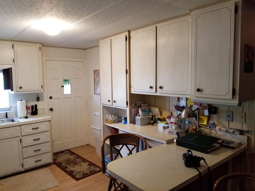 Additional photo for property listing at 103 Sirius Lane 103 Sirius Lane Geiger Key, Florida 33040 Estados Unidos