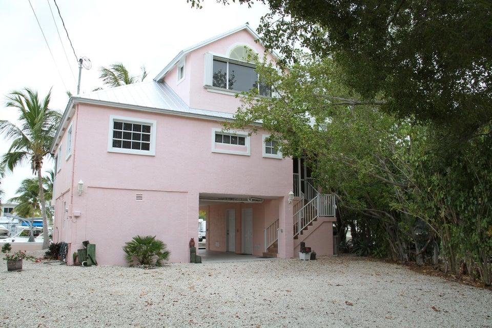 Nhà ở một gia đình vì Bán tại 60 Waterways Drive 60 Waterways Drive Key Largo, Florida 33037 Hoa Kỳ