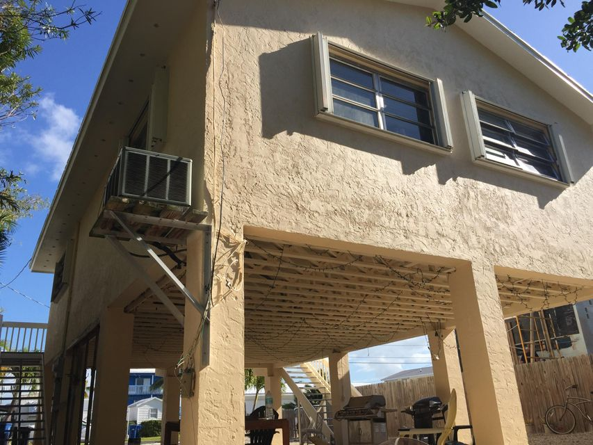 Additional photo for property listing at 31580 Avenue D 31580 Avenue D Big Pine Key, Florida 33043 Estados Unidos