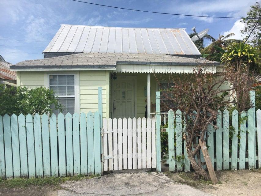 多戶家庭房屋 為 出售 在 205 Julia Street 205 Julia Street Key West, 佛羅里達州 33040 美國