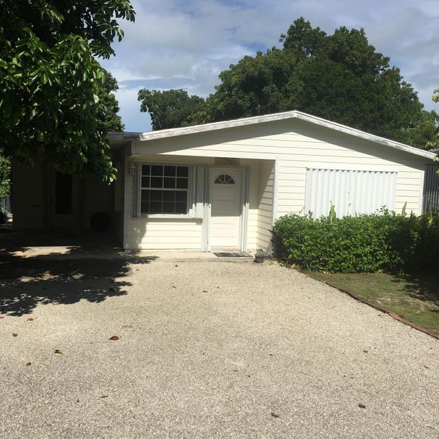 Single Family Home for Sale at 241 Jasmine Street 241 Jasmine Street Islamorada, Florida 33070 United States