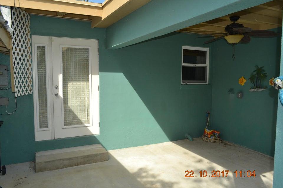 Additional photo for property listing at 1545 52Nd Street 1545 52Nd Street Marathon, Florida 33050 Hoa Kỳ