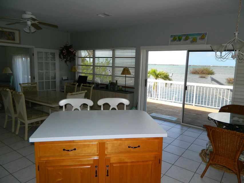 Additional photo for property listing at 1212 W Shore Drive 1212 W Shore Drive Big Pine Key, Florida 33043 United States
