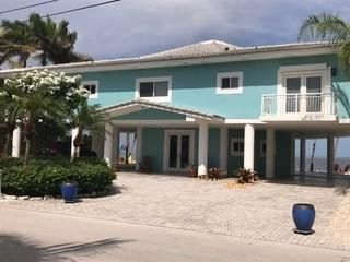 Single Family Home for Rent at 554 Ocean Cay 554 Ocean Cay Key Largo, Florida 33037 United States
