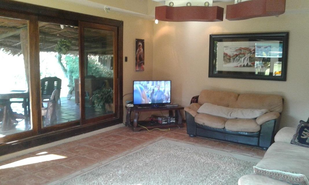 Additional photo for property listing at 1 KM Nof Church Barva Heredia Road 1 KM Nof Church Barva Heredia Road Other Areas, Florida 00000 Estados Unidos