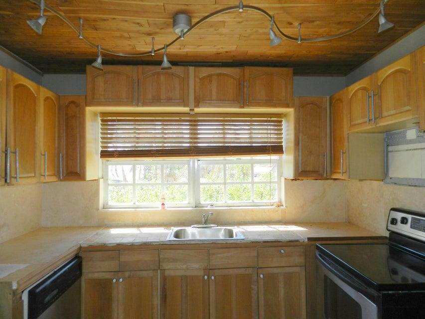 Casa para uma família para Venda às 102 Sunset Drive 102 Sunset Drive Islamorada, Florida 33036 Estados Unidos