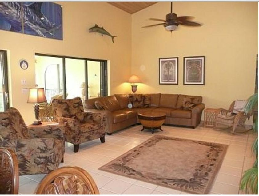Additional photo for property listing at 110 Vista Lane 110 Vista Lane Duck Key, Florida 33050 États-Unis