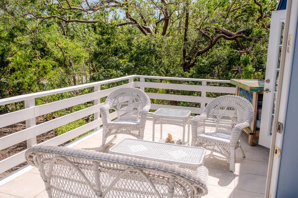 Additional photo for property listing at 180 Coral Road 180 Coral Road Islamorada, Флорида 33036 Соединенные Штаты