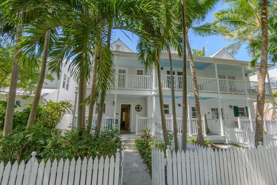 Casa unifamiliar adosada (Townhouse) por un Venta en 203 Southard Street 203 Southard Street Key West, Florida 33040 Estados Unidos