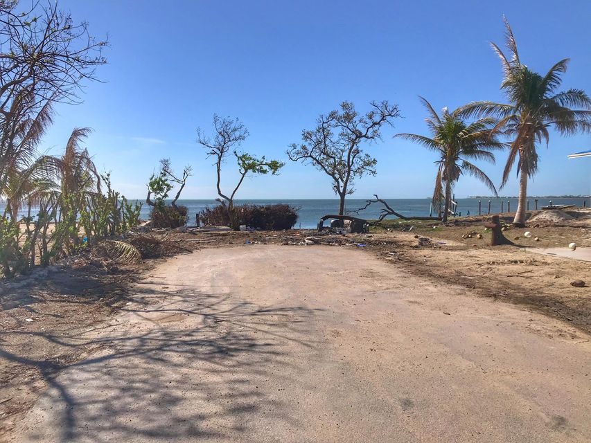 Additional photo for property listing at 1723 74th Street Ocean 1723 74th Street Ocean Marathon, Флорида 33050 Соединенные Штаты