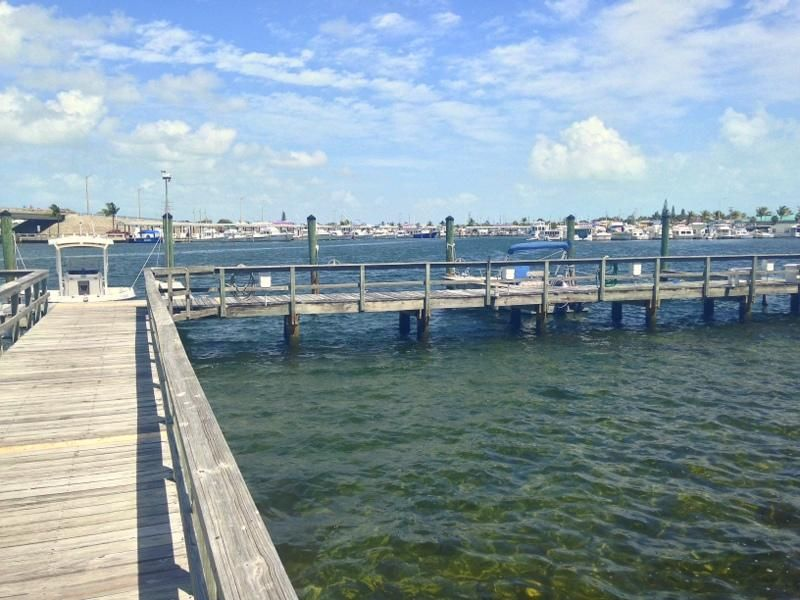 Additional photo for property listing at 833 Eisenhower Drive 833 Eisenhower Drive Key West, Florida 33040 Estados Unidos