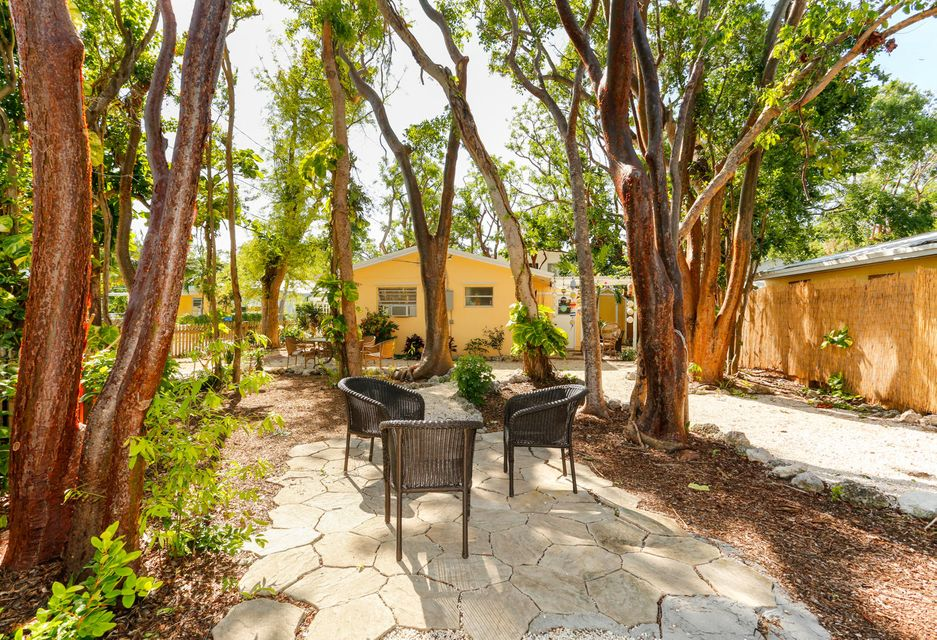 Additional photo for property listing at 109 Hibiscus Drive 109 Hibiscus Drive Key Largo, Florida 33037 États-Unis