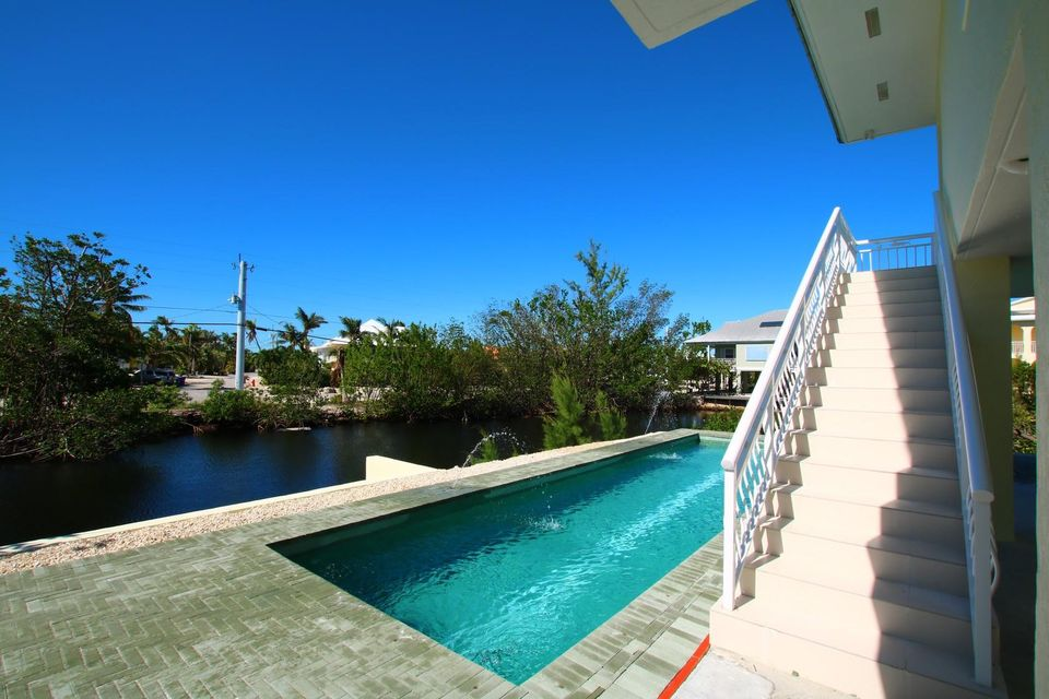 Additional photo for property listing at 106 Venetian Way 106 Venetian Way Islamorada, Florida 33036 Estados Unidos