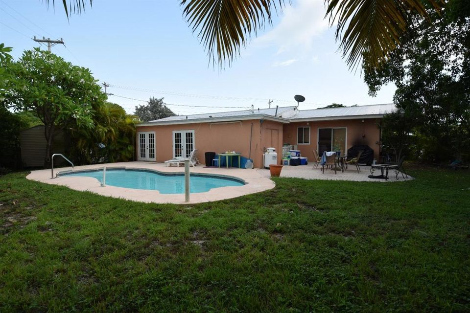 Additional photo for property listing at 913 18th Terrace 913 18th Terrace Key West, Florida 33040 Hoa Kỳ