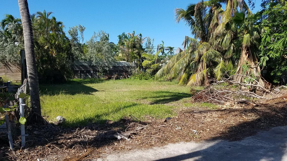 Additional photo for property listing at 1211 Laird Street 1211 Laird Street Key West, Florida 33040 États-Unis