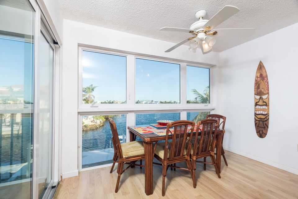 Casa para uma família para Venda às 9640 Aviation Boulevard 9640 Aviation Boulevard Marathon, Florida 33050 Estados Unidos