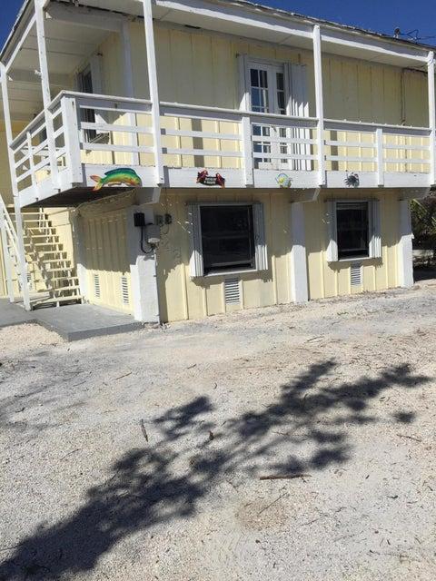 Maison unifamiliale pour l Vente à 642 Diane Avenue 642 Diane Avenue Little Torch Key, Florida 33042 États-Unis