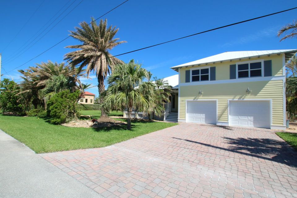 Maison unifamiliale pour l Vente à 180 14TH Street 180 14TH Street Key Colony, Florida 33051 États-Unis
