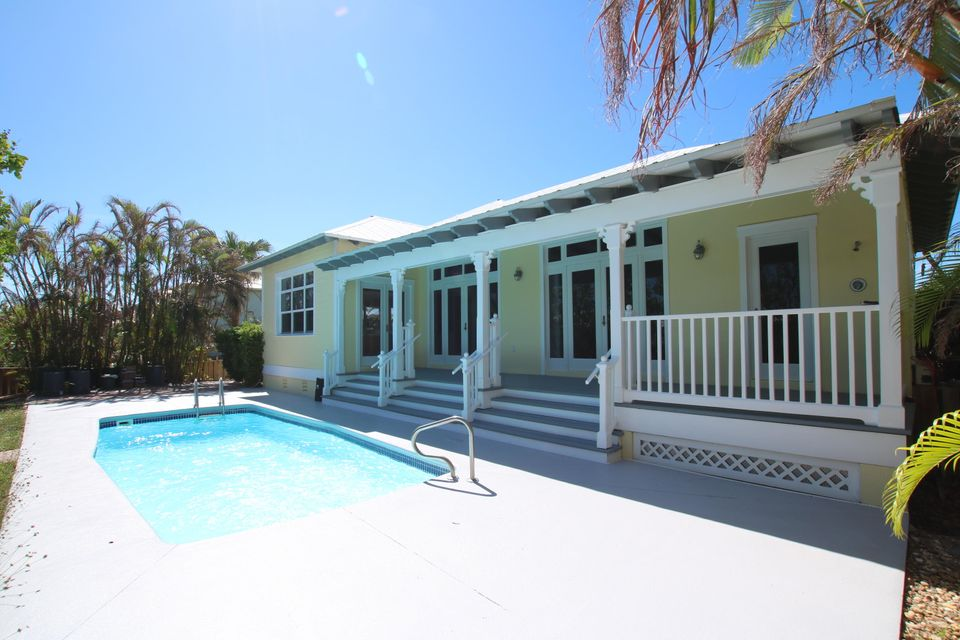 Additional photo for property listing at 180 14TH Street 180 14TH Street Key Colony, Florida 33051 États-Unis