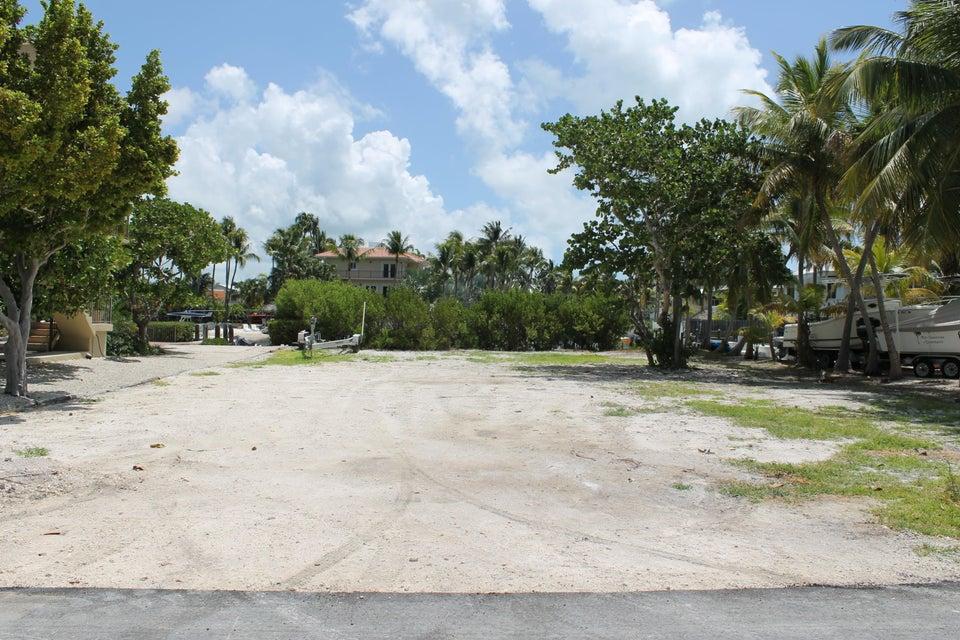 Additional photo for property listing at 105 Sandy Cove Avenue 105 Sandy Cove Avenue Islamorada, Florida 33036 Estados Unidos