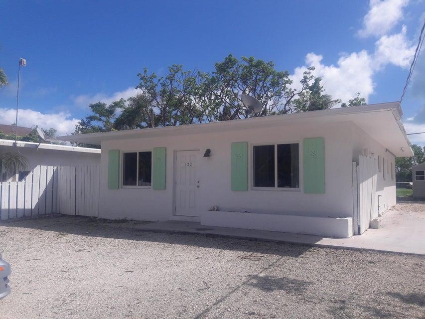 Casa para uma família para Locação às 132 Pearl Avenue 132 Pearl Avenue Tavernier, Florida 33070 Estados Unidos